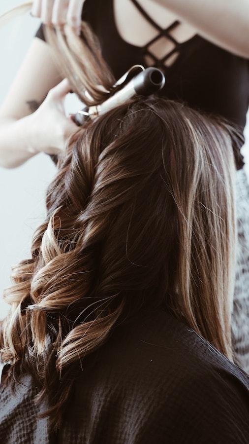 Lisseur et cheveux